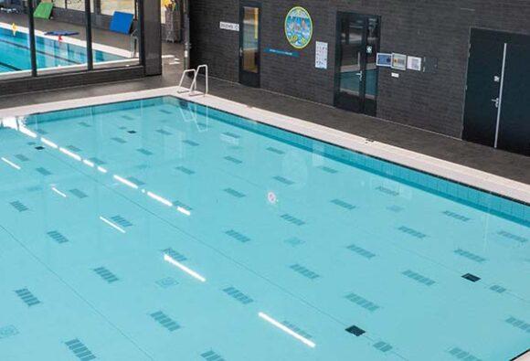 Komplette Installation am Schwimmbad De Eendr8